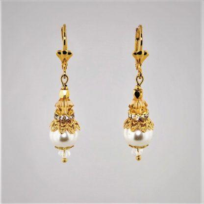ørepynt øredobber gull gullfarget hvit kremhvit perle gule oransje krystaller
